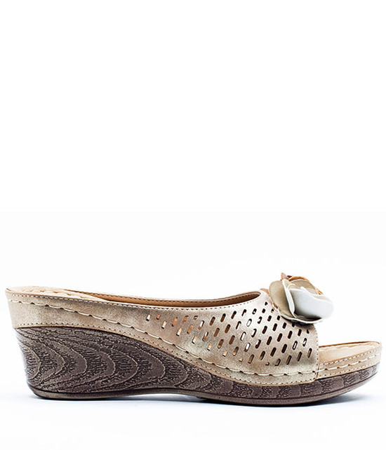 Good Choice Shoes Juliet Slip On Wedge Gold