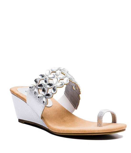 Jene Slip On Women Sandal Silver