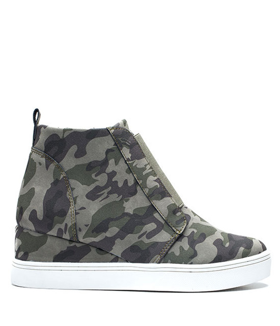 Raja Wedge Sneaker in Camo