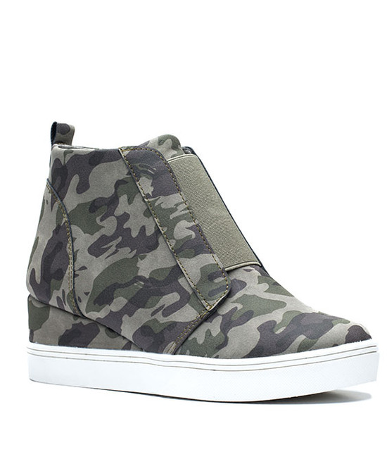 Raja New Women Wedge Sneaker Camo