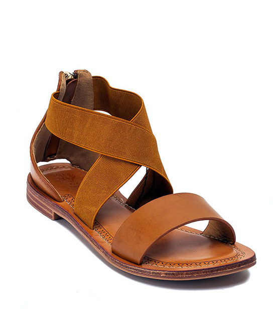 GC. SHOES MAKAYLA CRISS-CROSS SANDALS FLATS TAN