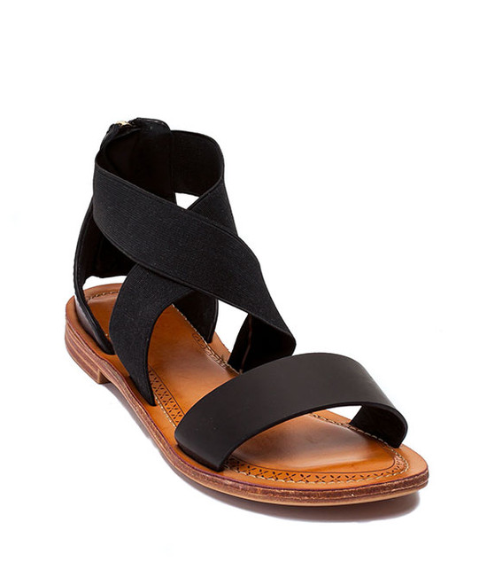 GC. SHOES MAKAYLA CRISS-CROSS SANDALS FLATS BLACK