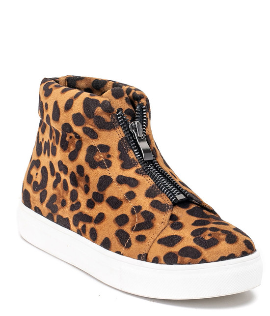 Coby High Top Sneaker in Leopard