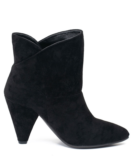 Flores Bootie in Black