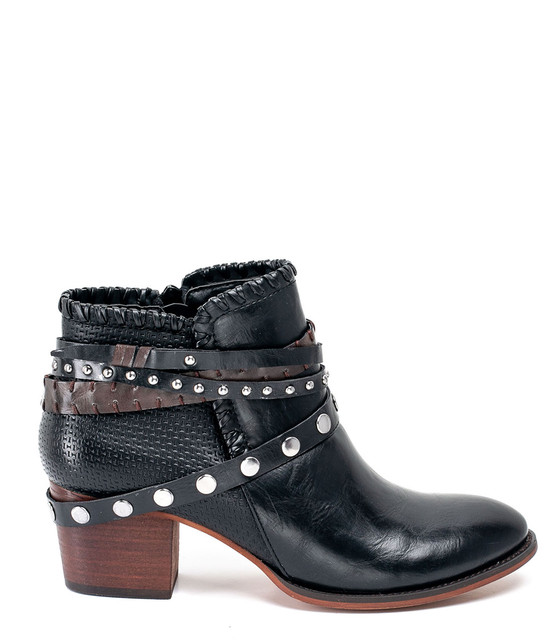 Gc Shoes Bliss Ankle Triple Buckle Bootie With Studded Black