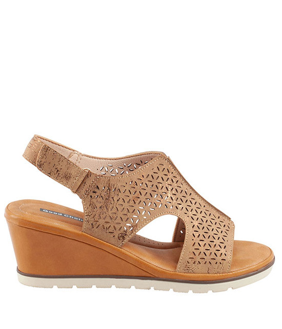 Crissy Wedge Sandal in Tan