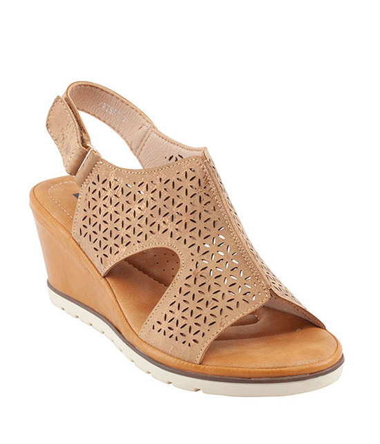 Crissy Sandal By Gc. Shoes Tan