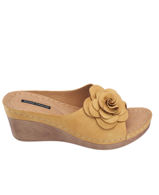Tokyo Wedge Sandal in Yellow