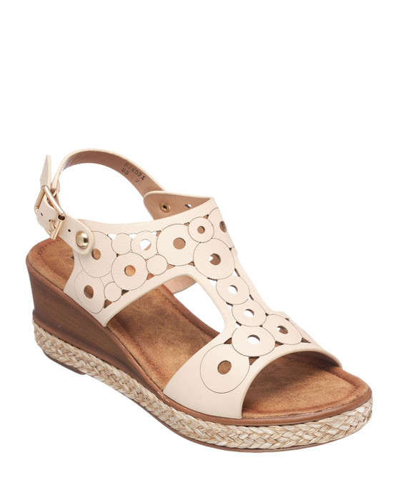 Sandra Wedge Sandal in Off White