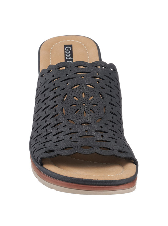 Maddy Wedge Sandal in Black