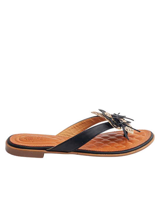 Vida Flat Sandal in Black