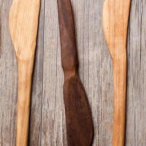 All wooden baking spatula with a short, beveled, blade perfect for baking applications. Handle is sanded to a smooth finish and finished with organic olive oil and beeswax. Made in United States of America