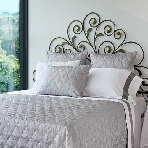 Filicudi Sateen Quilted Coverlet   Pearl