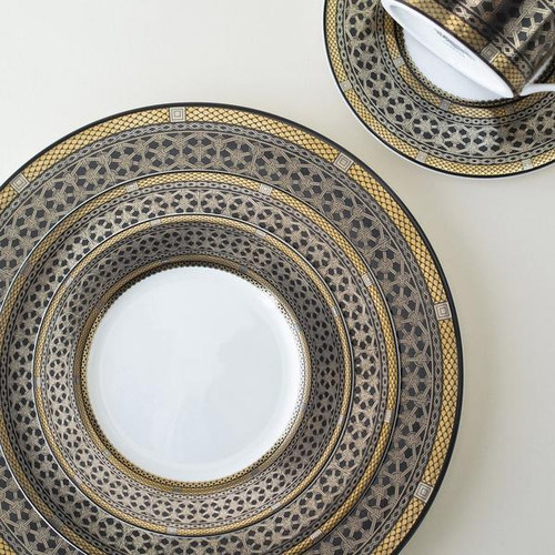 Hawthorne Onyx Dinnerware by Caskata
