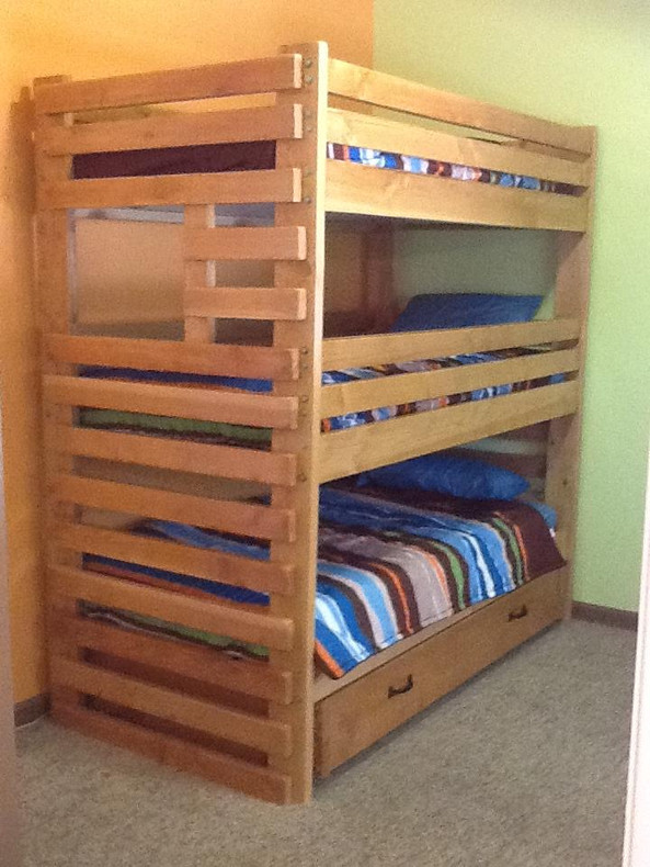 Tricks for making the top bed in a bunk bed