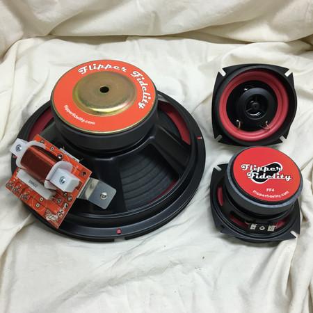 """Flipper Fidelity 10"""" Spike Speaker Set Family"""