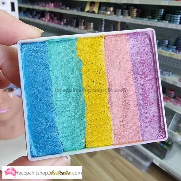 DELPHI Rainbow 50g split cake
