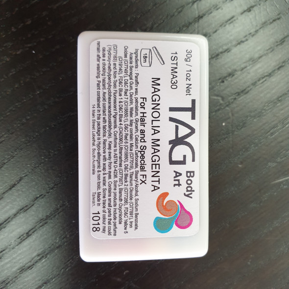 MAGNOLIA one stroke split cake 30g by TAG Body Art