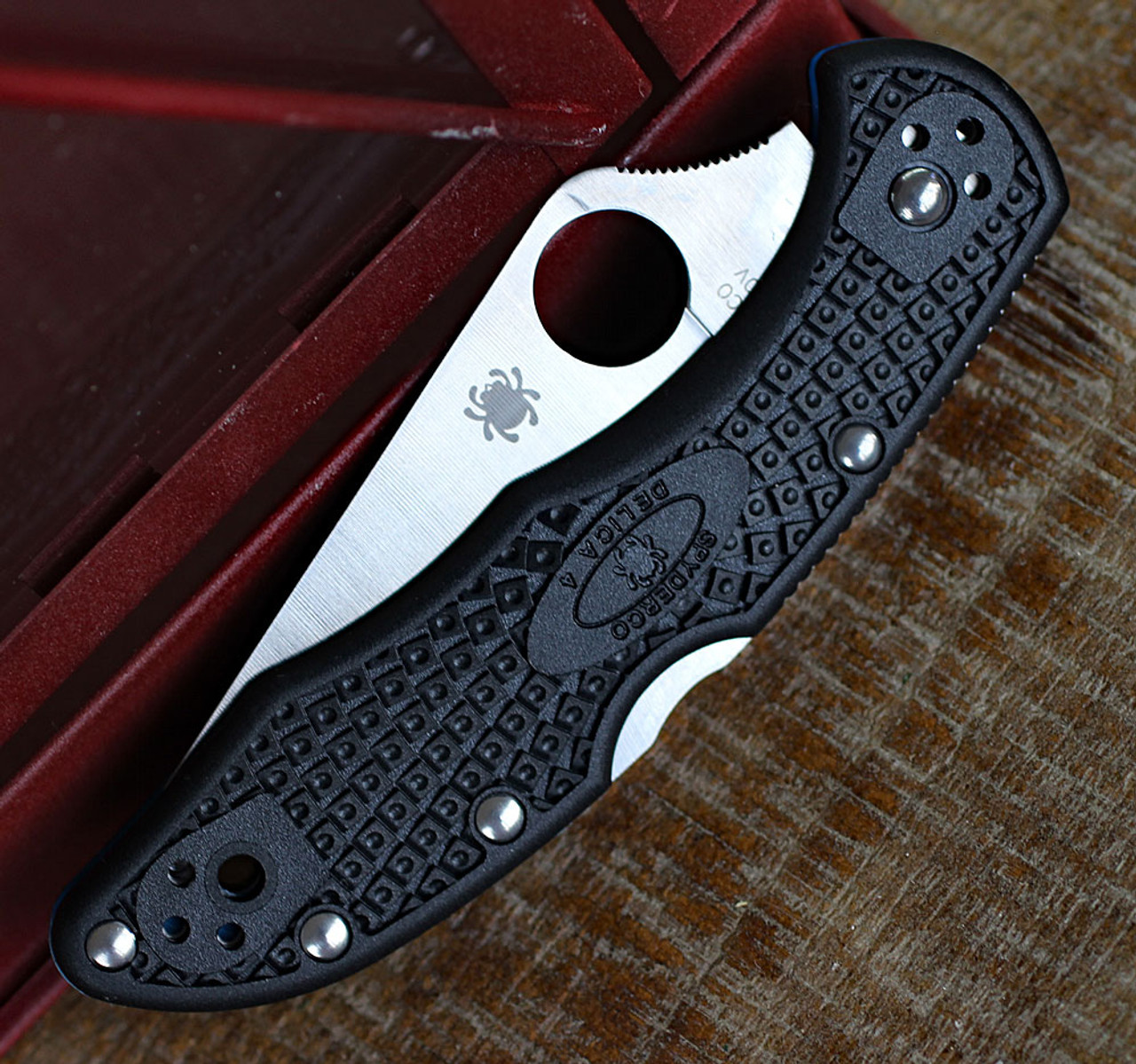 Spyderco C11FPBKS90V FRN Blue Lined Delica 4 w/CPM S90V, Knifeworks Exclusive-Limited to 600