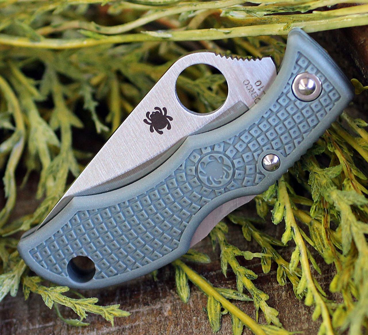 """Spyderco Ladybug 3 Foliage Green FRN LFGP3, 1.938"""" VG-10 Plain Blade"""
