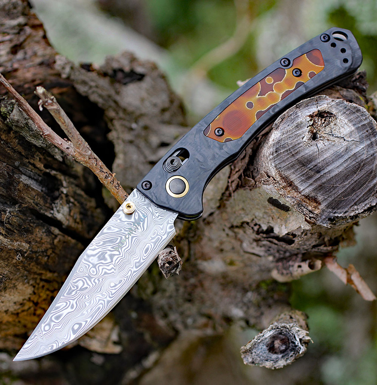 """Benchmade 15085-201 Mini Crooked River-Gold Class, 3.4"""" Damasteel Blade,  Marble Carbon Fiber Handle"""