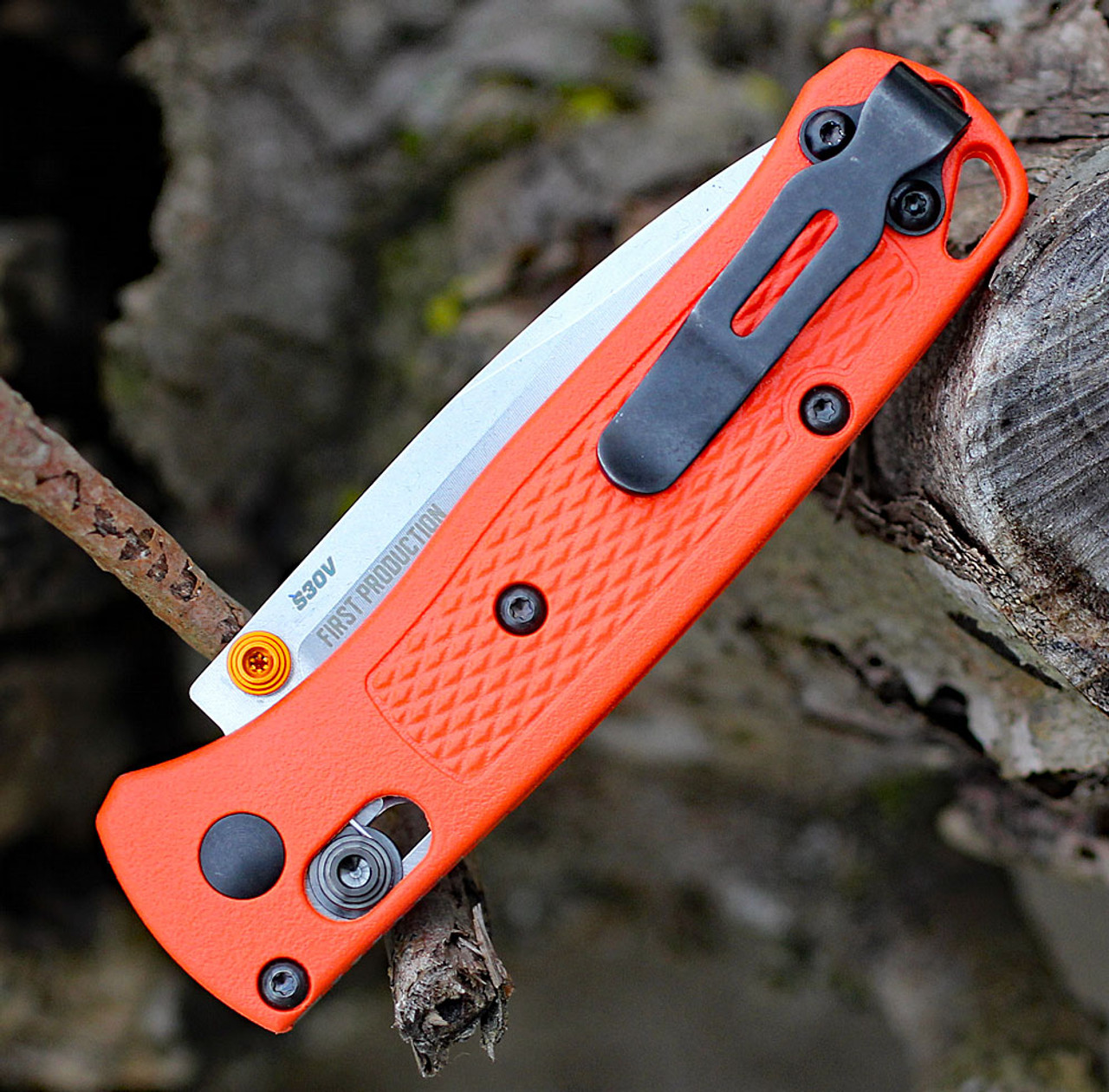 "Benchmade 533 Mini Bugout, 2.82"" CPM-S30V Drop-Point Plain Blade, Orange Grivory Handle"