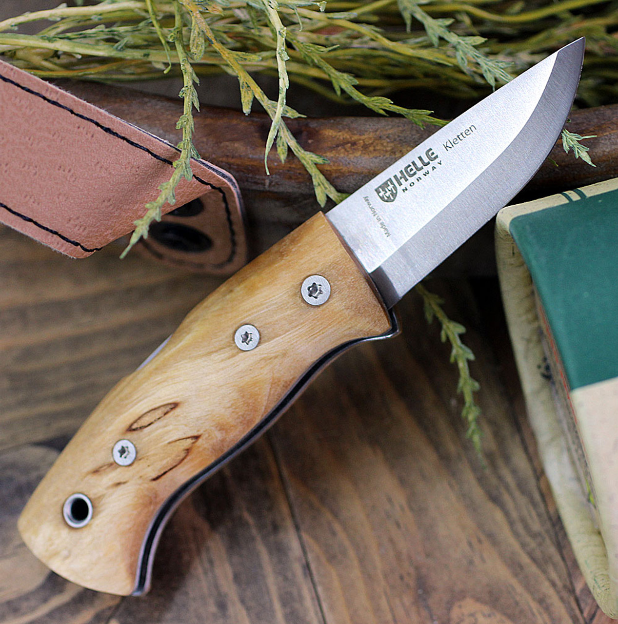 "Helle Kletten Lockback Folder 662, 2.12"" Triple Laminated Stainless Steel Drop Point Plain Blade, Curly Birch Handle"