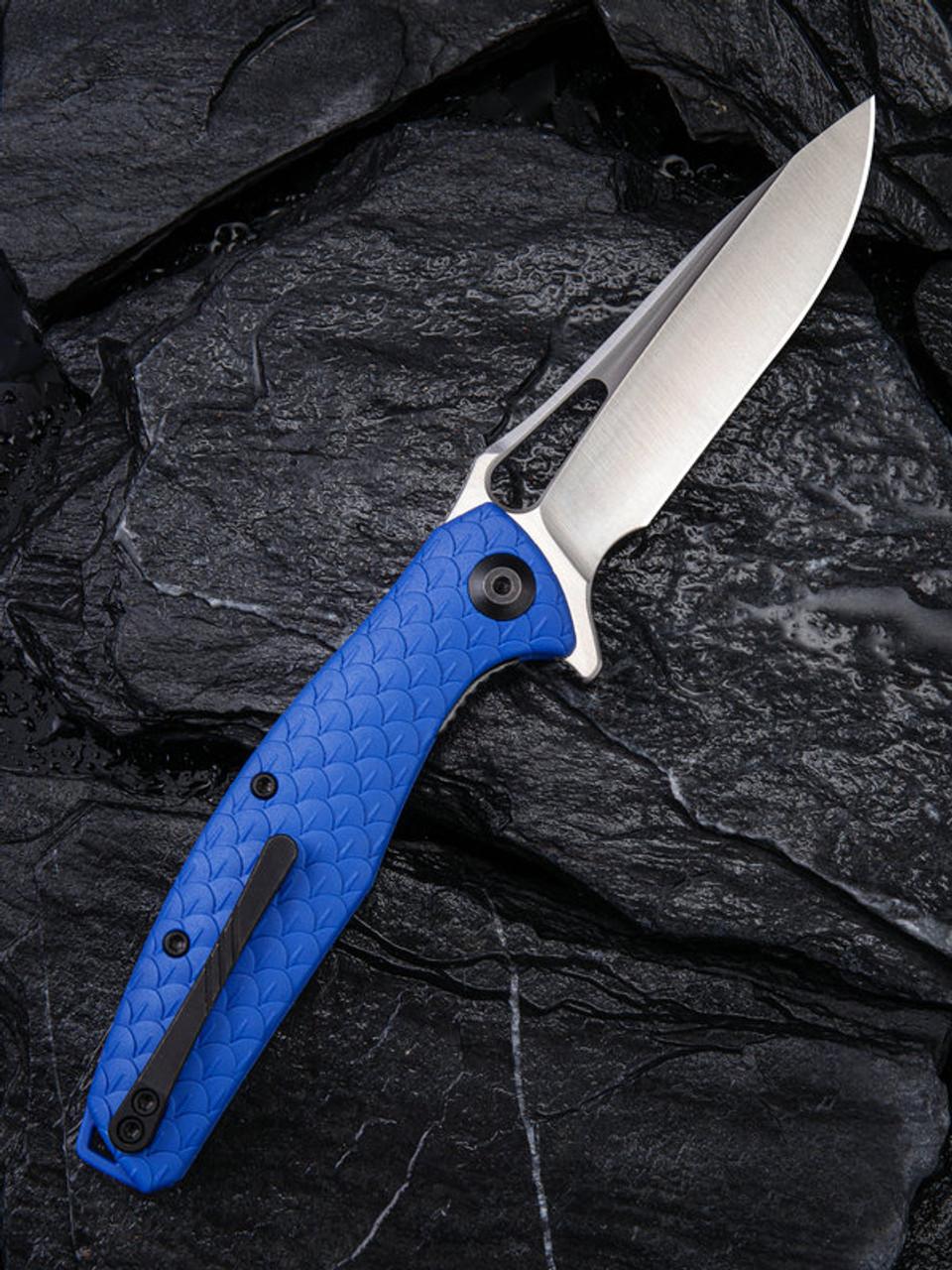 "Civivi Wyvern Linerlock Folder C902E, 3.45"" D2 Drop Point Plain Blade, Blue Fiber-glass Reinforced Nylon Handle"