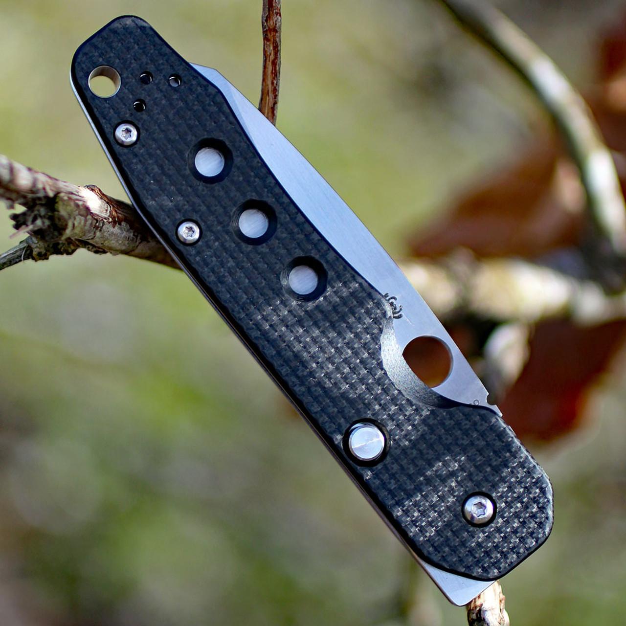 "Spyderco C240CFP Smock, 3.45"" CPM S30V Plain Blade, Carbon Fiber/G-10 Handle"