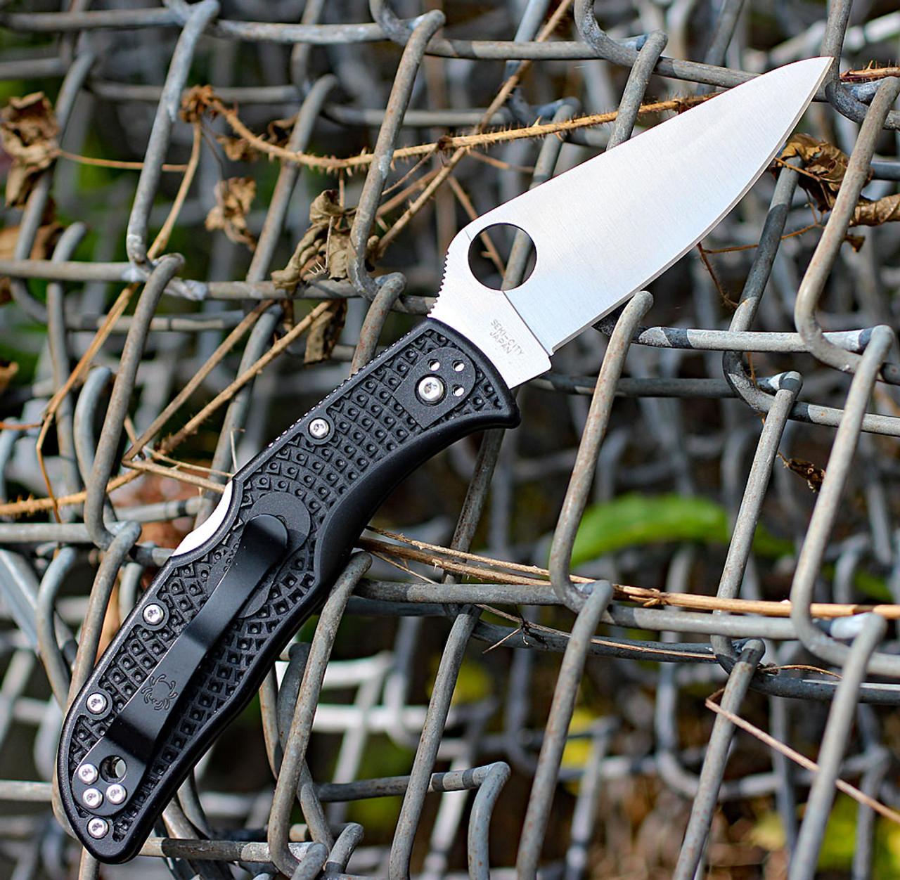 "Spyderco Endela Lightweight C243PBK, 3.41"" VG-10 Plain Blade, Black FRN Handle"