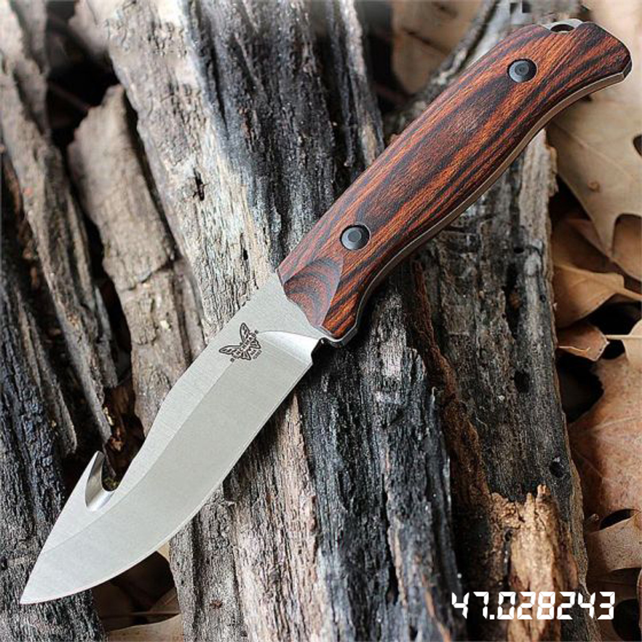 "Benchmade BM15003 HUNT Saddle Mountain Skinner With Hook, 4.17"" CPM-S30V SS Plain Blade, Dymondwood Handle, Leather Sheath"