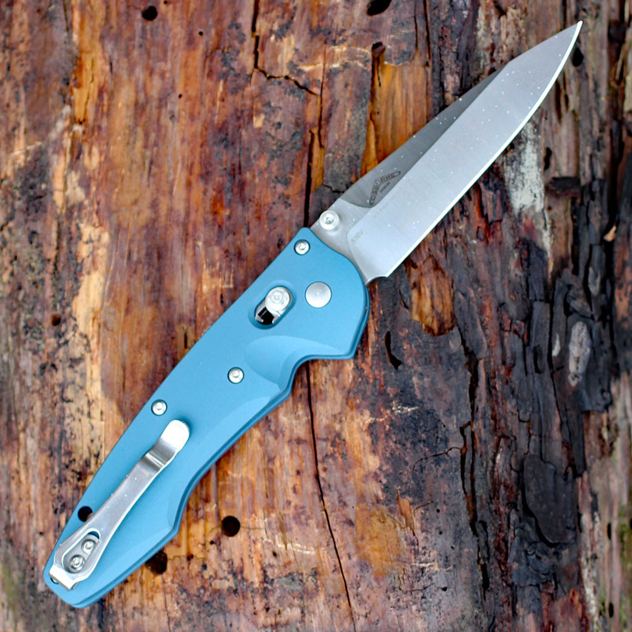 Benchmade Emissary Axis-Assist Folder 477-1, 3.45 in. S30V Stainless Blade, Aqua Handle, Plain Edge