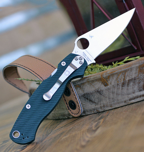 "Spyderco Para Military 2 Sprint Run C81GPFGR2, 3.47"" CPM S45VN Plain Blade, G-10 Handle"