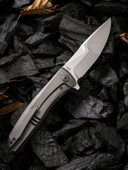"We Knife Scoppio Framelock Folder 923B, 3.63"" CPM-20CV Stonewash Drop Point Plain Blade, Gray Titanium Handle"