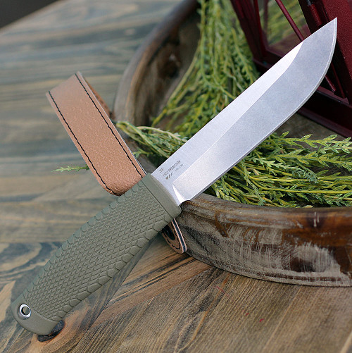 "Benchmade 202 Leuku, 5.19"" CPM-3V Satin Plain Blade, Santoprene Handle"
