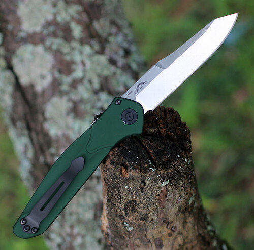 "Benchmade 9400 Auto Osborne, 3.40"" CPM-S30V Satin Plain Blade, Green Aluminum Handle"