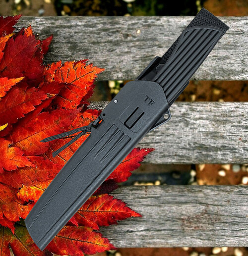 "Fallkniven Taiga Forester 2, 4.72"" Lam. CoS Plain Blade, Black Thermorun Handle w/ Zytel Sheath"