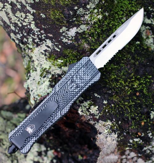 "CobraTec Knives LCFCTK-1LDS Large CTK-1 Carbon Fiber Wrap, 3.75"" D2 Steel Drop Point Serrated Blade, Aluminum Handle"