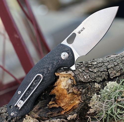 """GiantMouse ACE Biblio Flipper, 2.875""""  M390 Satin Plain Blade, Carbon Fiber Handle"""