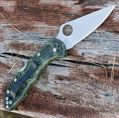 """Spyderco C11ZFPGR Zome Delica 4, 2.9"""" Flat Ground Blade, Zome Green FRN Handles"""