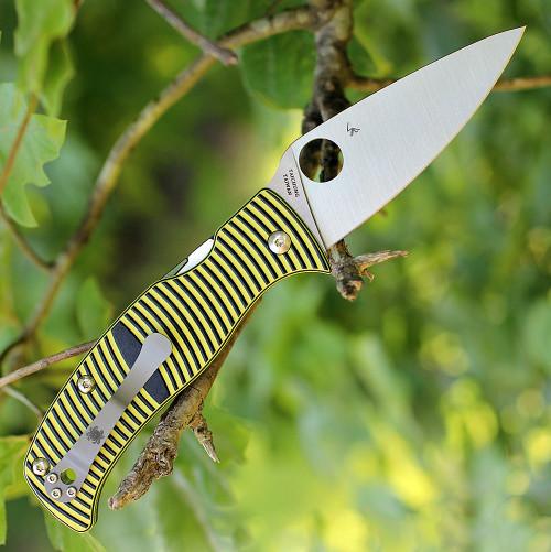 "Spyderco Caribbean Leaf G-10 Black/Yellow C217GP, 3.70"" LC200N Plain Blade"