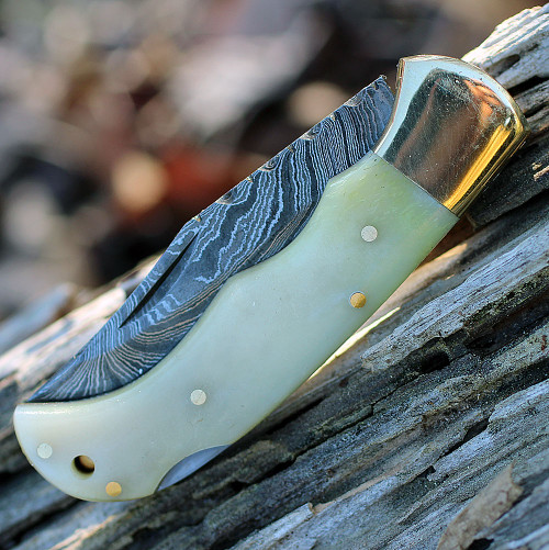 "Damascus 1110 Lockback, 3"" Damascus Plain Blade, Camel Bone Handle"