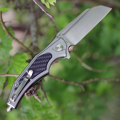 "Artisan Apache ATZ1813PGCF, 3.7"" D2 Plain Blade, Gray Aluminum/Carbon Fiber Handle"
