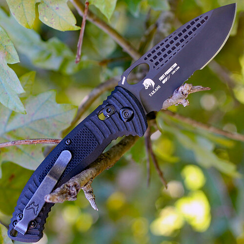"Benchmade Aileron Tarani 737SBK, 3.45"" CPM-S30V Black Serrated Blade, G10 Handle"
