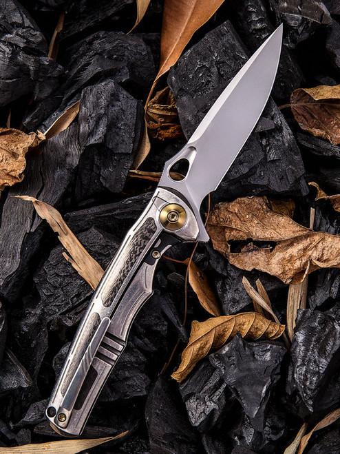 "We Knife 811B Tyche, 3.8"" M390 Plain Blade, Gray Titanium, Carbon Fiber Inlay Handle"