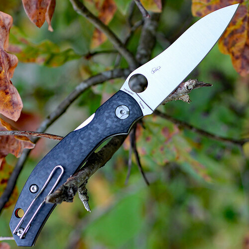 """Spyderco Kapara C241CFP, 3.58"""" CPM S30V Plain Blade, Carbon Fiber Handle"""