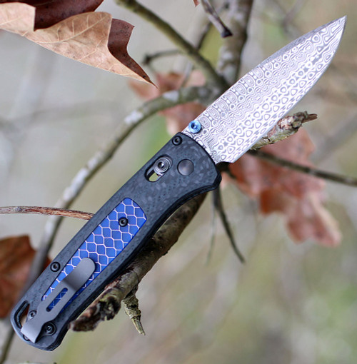 "Benchmade 535-191 Bugout Gold Class, 3.24"" Damasteel Blade with Carbon Fiber/Blue Ctek Inlay Handle"