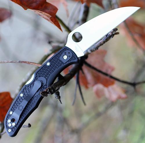 "Spyderco C10FPWCBK Endura 4 Wharncliffe, 3.78"" VG-10 Plain Blade, Black FRN Handle"