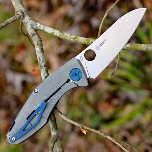 "Spyderco C235CFTIP Drunken, 3.5"" CPM-S90V Plain Blade, Carbon Fiber/Titanium Handles"
