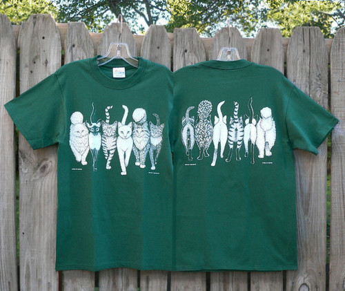 CATS COMING AND GOING T-SHIRT FOREST GREEN